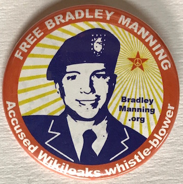 Free Bradley Manning / Accused Wikileaks whistle-blower [pinback button]