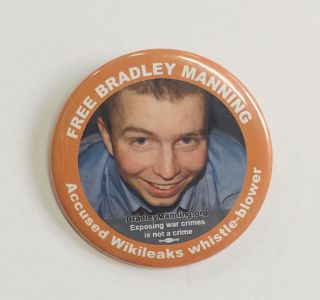 Free Bradley Manning / Accused Wikileaks whistle-blower [pinback button