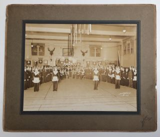 Photograph of a convention of the Filipino-American fraternal organization]. Caballeros de...