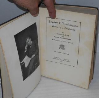 Booker T. Washington; builder of a civilization. With a preface by Theodore Roosevelt.